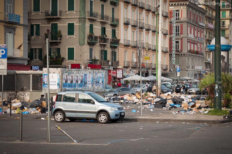 Naples trash, gunoi Napoli