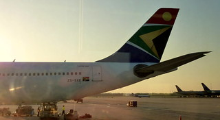 South African Airways A340-300 - ZS-SXE