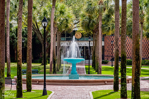 Image of Holler Fountain at Stetson University in Deland, Florida