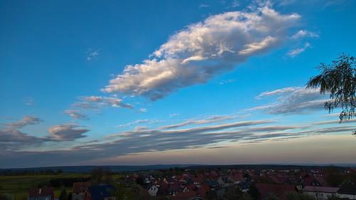 blue trees sunset sky sun clouds canon germany deutschland thüringen himmel wolken bluesky thuringia sonne bäume blauerhimmel sonnenstrahlen eichsfeld ef24105mmf4lisusm canoneosd canoneos5dmarkii