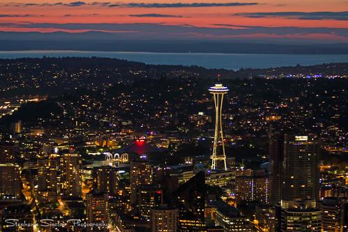 seattle city sunset spaceneedle columbiatower skyviewobservatory seattleempress