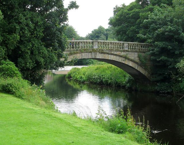 Pollok House bridge