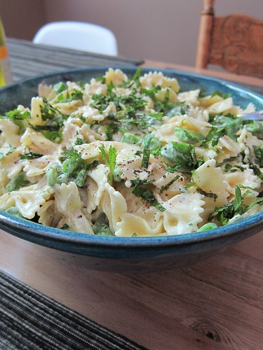 Farfalle with snap peas, broccolini and mint
