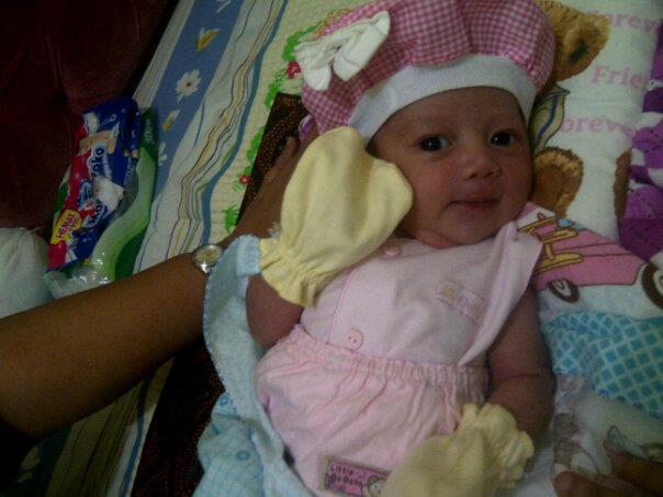 Foto bayi indonesia yang lucu 61