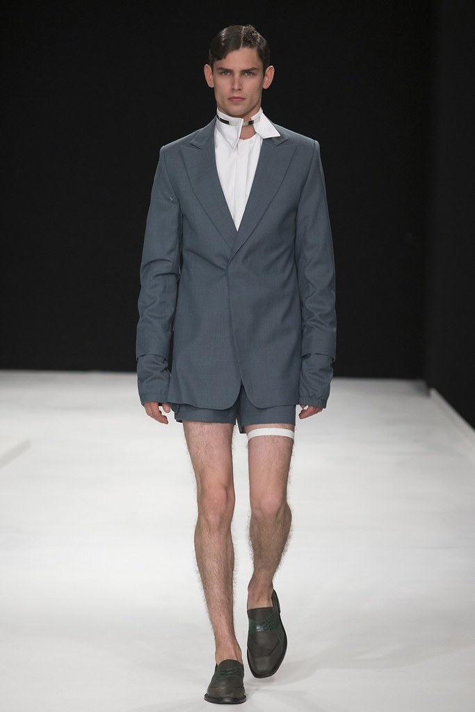SS14 London Xander Zhou024_Arthur Gosse(vogue.co.uk)