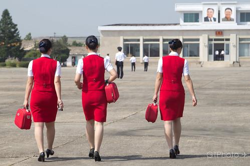 walking flightattendants koryo airkoryo hamhung sondok
