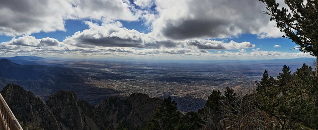 Viewof Albuquerque from Crest House Deck 20131104