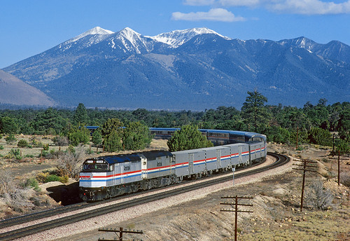 railroad arizona santafe train az amtrak flagstaff sanfranciscopeaks curve no4 passengertrain southwestchief emd superliner atsf f40ph cosnino santafemainline