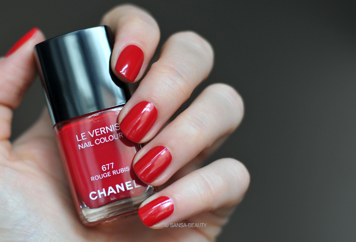 Chanel - Rouge Rubis 677