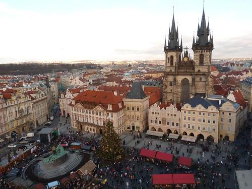 La Plaza de la ciudad vieja de Praga desde la torre del reloj astronómico