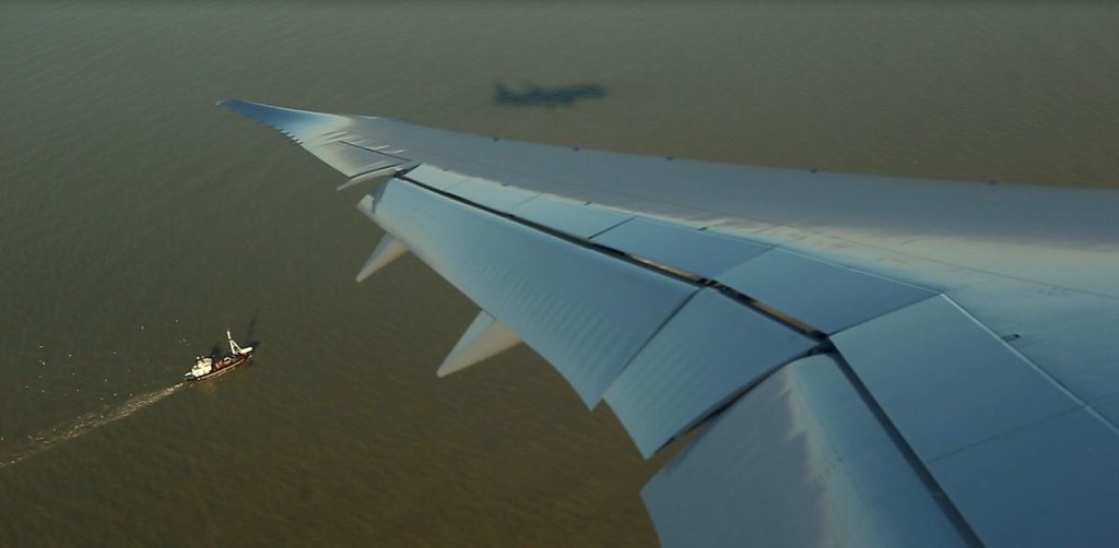 The North Sea and Jetairfly Boeing 787 'Dreamliner'