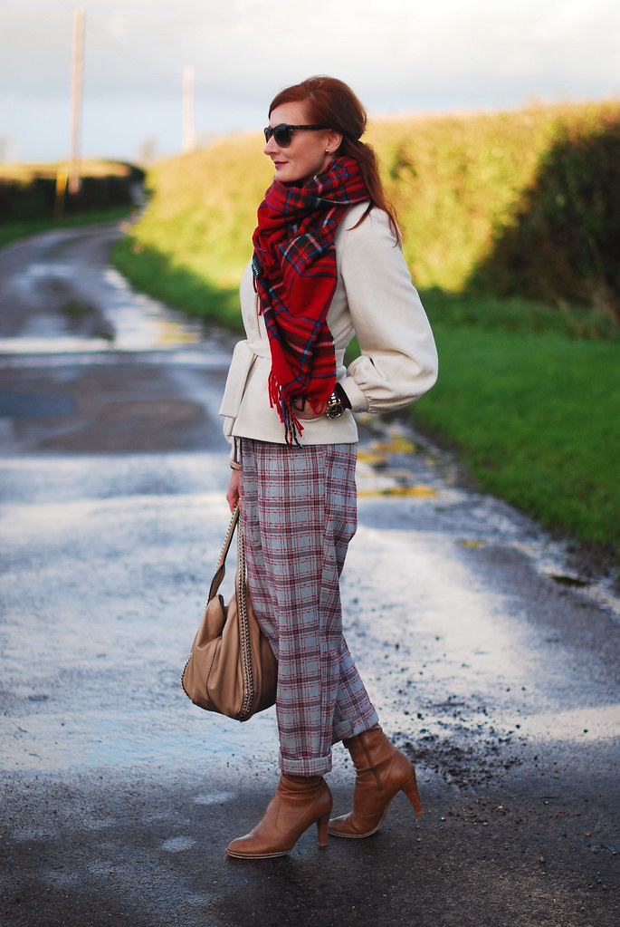 Tartan scarf & trousers, white coat