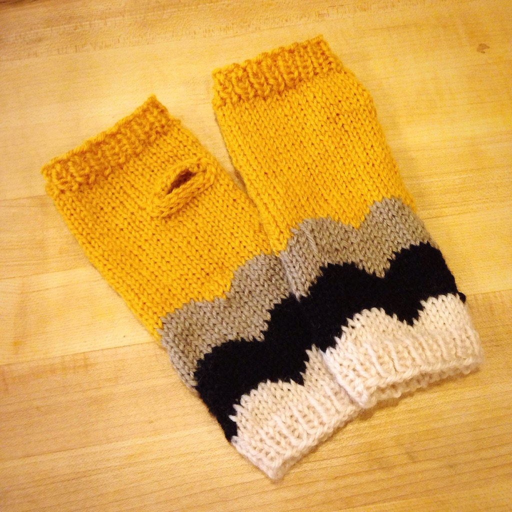 Alba Alba Wristwarmers, take 2
