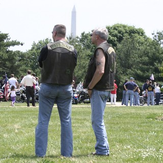 118a.StepOff.RollingThunder.Arlington.VA.28May2006