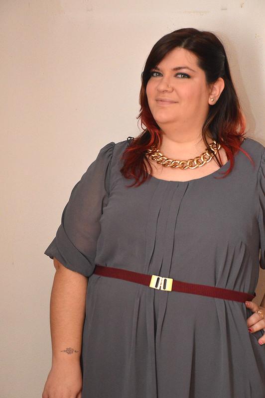 outfit grigio e borgogna10