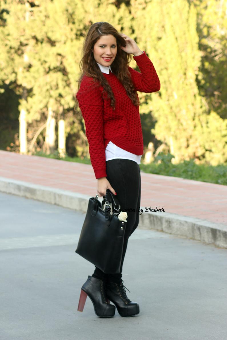 Jersey-rojo-con-camisa-blanca-y-botines-de-tacón-HEELSANDROSES-(5)