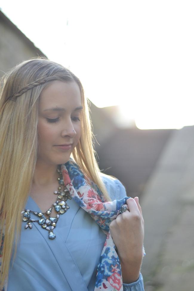 Outfit babyblaues Kleid (3)