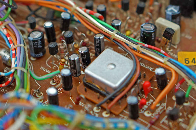BeoMaster 2400 Replaced Capacitors and LDR Volume Control