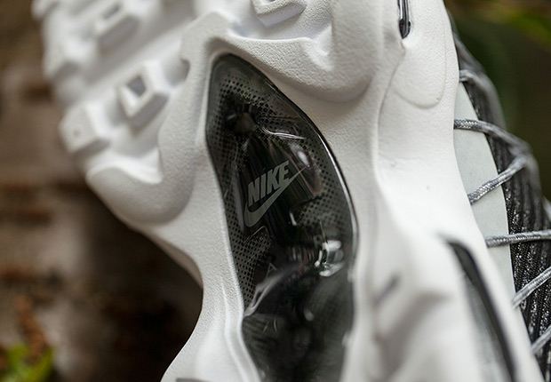 "NIKE AIR MAX 95 ULTRA JACQUARD IN ""BEETHOVEN"" TONES 2"