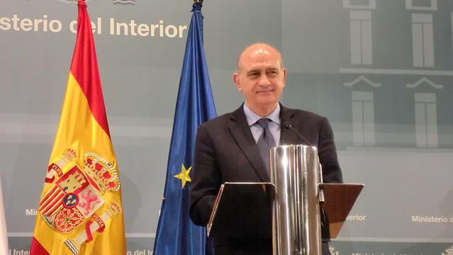 Los ministros del interior de espa a y francia han for Ministro de interior espana