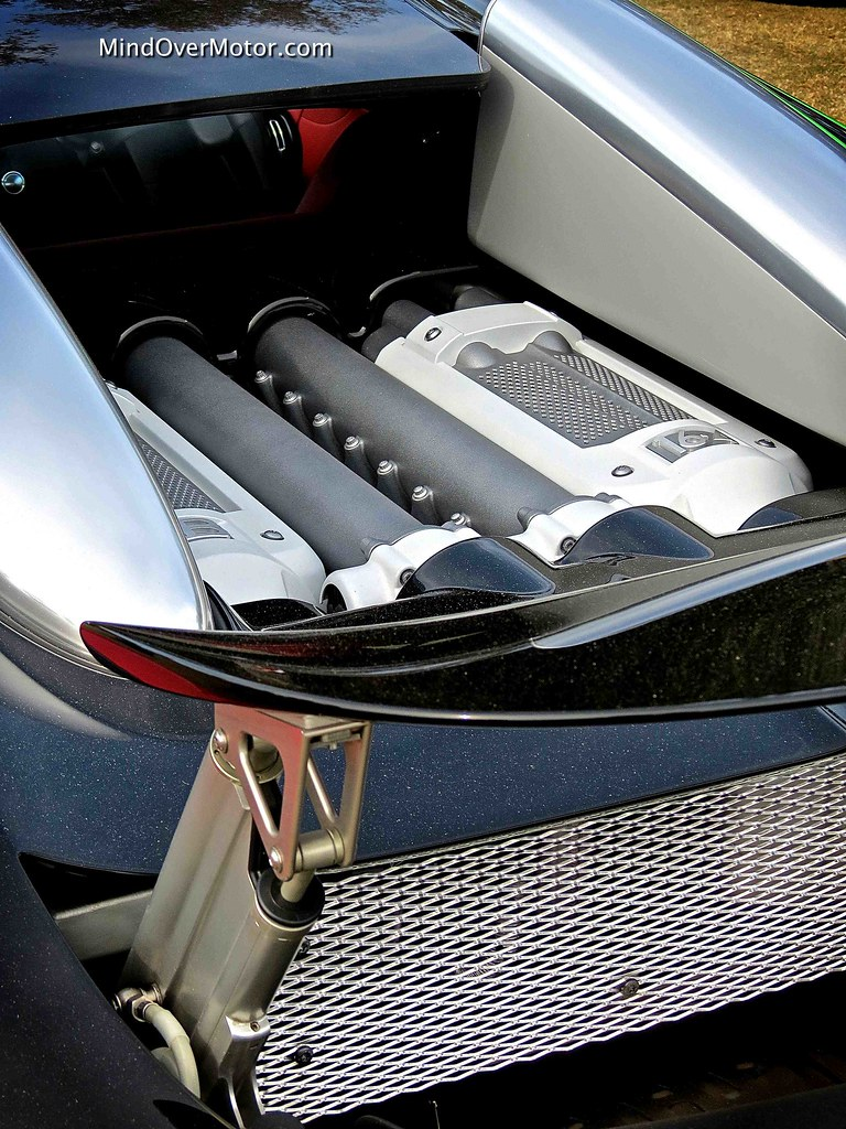 amelia island festivals of speed bugatti veyron 16 4 grand sport mind over. Black Bedroom Furniture Sets. Home Design Ideas