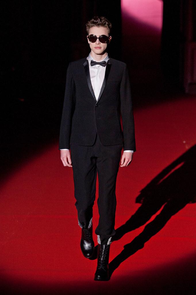Nick Heymann3069_FW13 Paris Rynshu(fashionising.com)