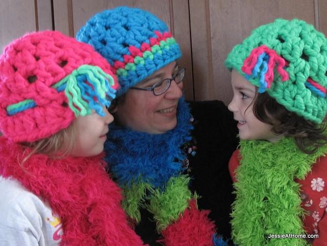 Liz ~ A free super bulky crochet hat pattern!  3fc2b3ecf49