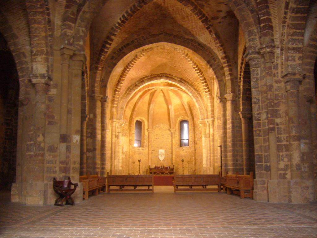 7. Interior de la iglesia del castillo. Autor, Spacelives