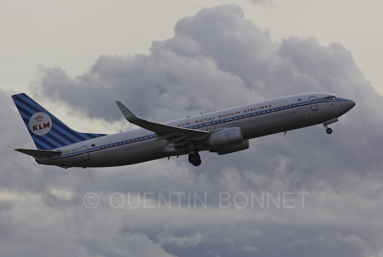 KLM Royal Dutch Airlines Boeing 737-8K2(WL) PH-BXA