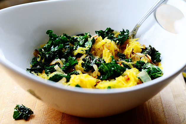 10768674685 dcf9e124b6 z Roasted Spaghetti Squash with Kale