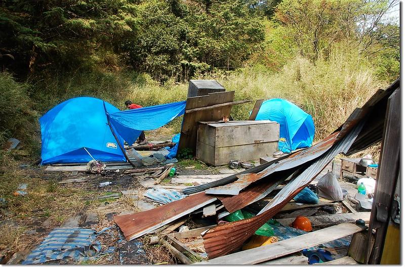 合歡金礦工寮營地