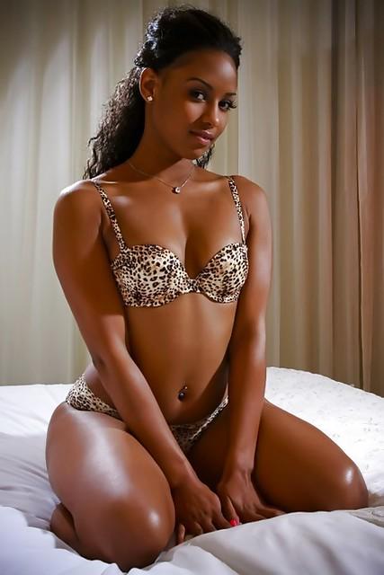 african american bikini booty