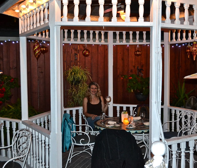 outdoor seating - gazebo - raintree restaurant