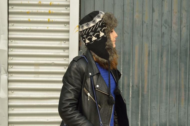 lara-vazquez-madlula-details-hat-gorro-invierno-perfecto-jacket