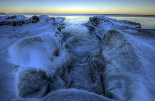 winter sunset snow ice wisconsin landscape photography nikon lakemichigan milwaukee mke bigbaypark milwaukeecountyparks nikond5100 photoshopelements10 jakerost ilovemke