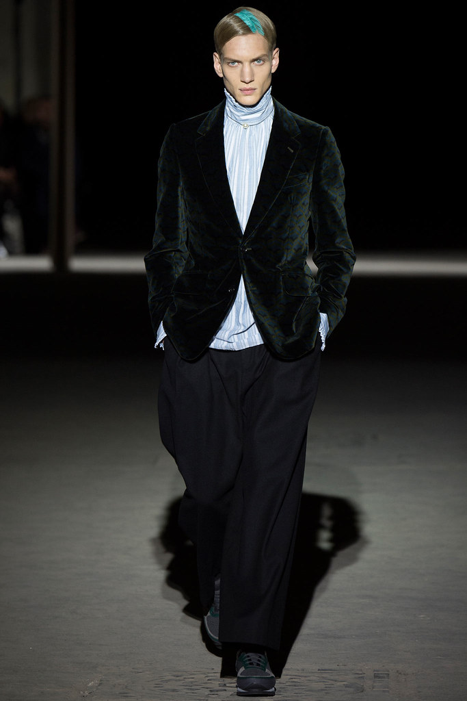 Paul Boche3558_FW14 Paris Dries Van Noten(VOGUE)