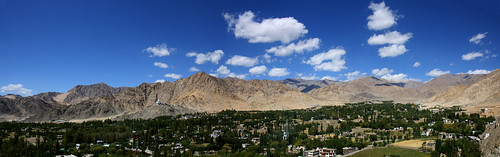 Leh Valley Panorama by saish746