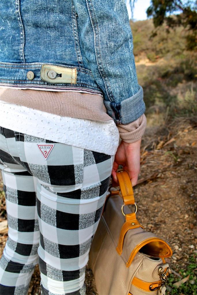 spring outfit idea: gingham jeans and acid wash denim jacket