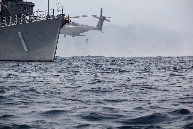 USS AVENGER (MCM-1) conducts Pouncer Operations.