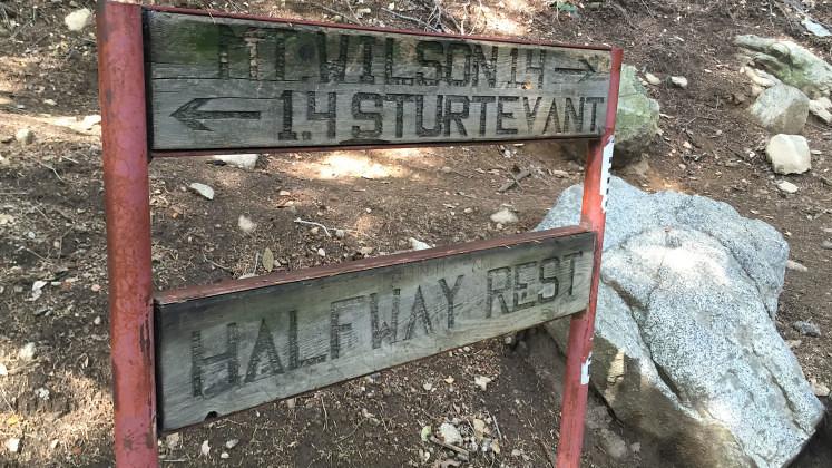 HikingGuy.com The Mt Wilson Hike