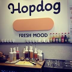 Brusselse wafels? Geef mij maar #hotdogs! #bxltrip