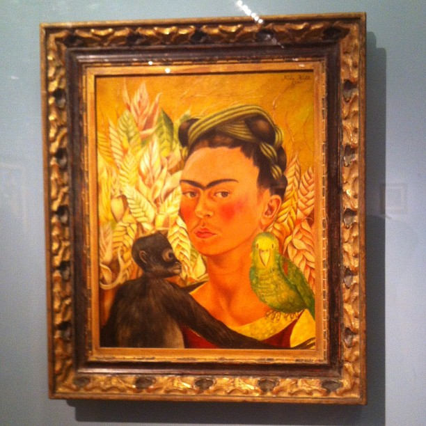 I call this piece: Frida behind glass