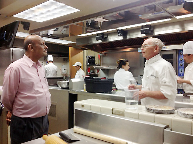 "<p>Mumbai University Management Council Member A.P. Mahajan met with Chef Gale O`Malley, from Kapiolani Community College's Culinary Arts Program.  The University of Mumbai delegates observed his ""Fundamentals of Baking"" class in action.</p>"