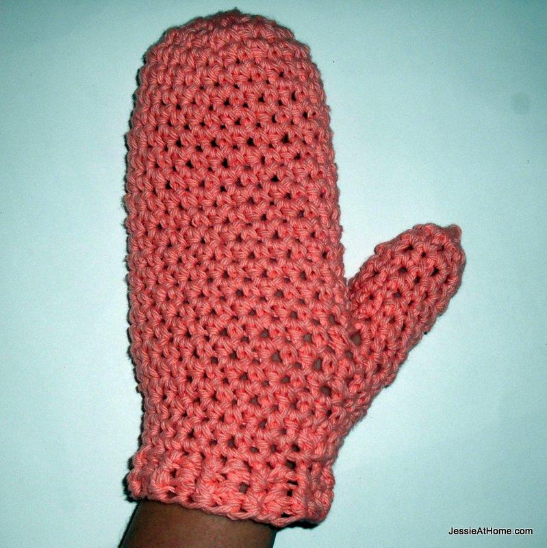 Free-Crochet-Pattern-Bath-Mitt-Spa-Set-Back