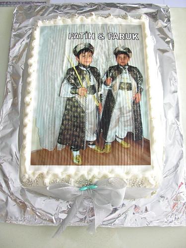Bademli Yaş Pasta
