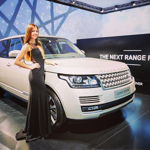 Auto show models in NYC, DC, Miami, Las Vegas, Shanghai, Montreal - Elite modeling, staffing, & event production agency #ModelBuzz