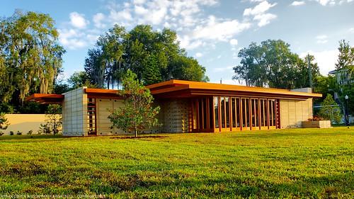 FSC Usonian House - Exterior 01 [2013-10-31]