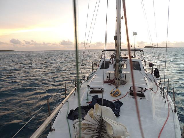 Salida de Abrolhos rumbo a Porto Seguro