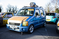 van(0.0), commercial vehicle(0.0), mini sport utility vehicle(0.0), automobile(1.0), sport utility vehicle(1.0), vehicle(1.0), transport(1.0), suzuki wagon r(1.0), city car(1.0), land vehicle(1.0),