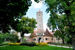 04_Bayern, Rothenburg ob der Tauber, Burgtor 14. Jhd, Toranlage mit Wach- und Zollhäuschen 16. Jhd_6